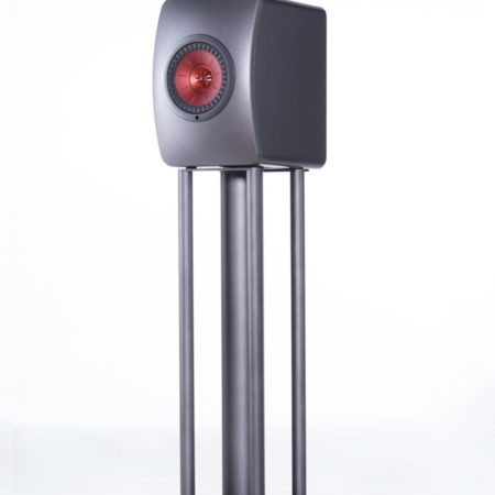 Custom Design Stands voor KEF LS50